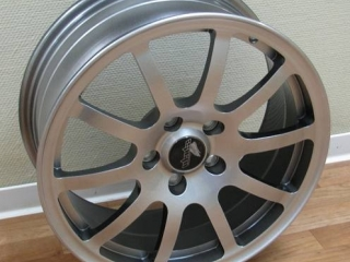 Forged Alloy Wheel (10-spokes)